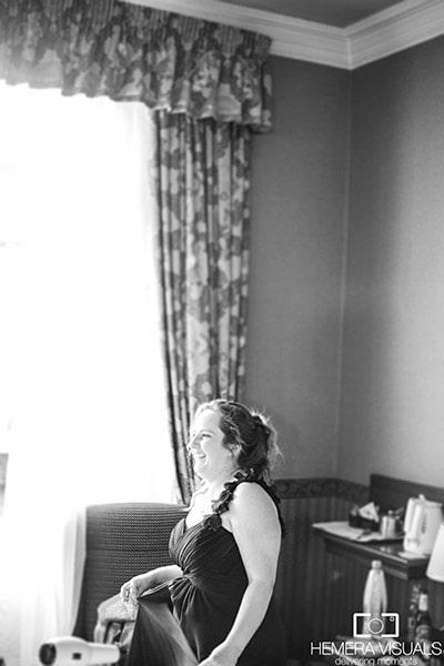 brides maid laughter