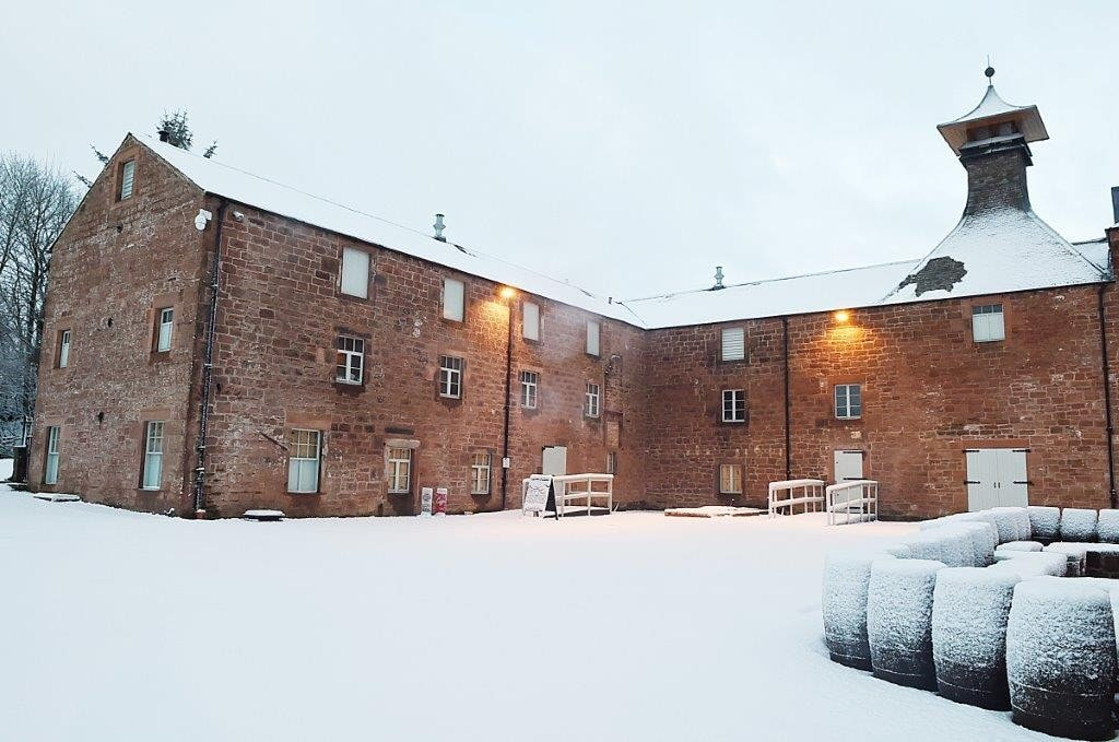 annandale-distillery-in-the-snow